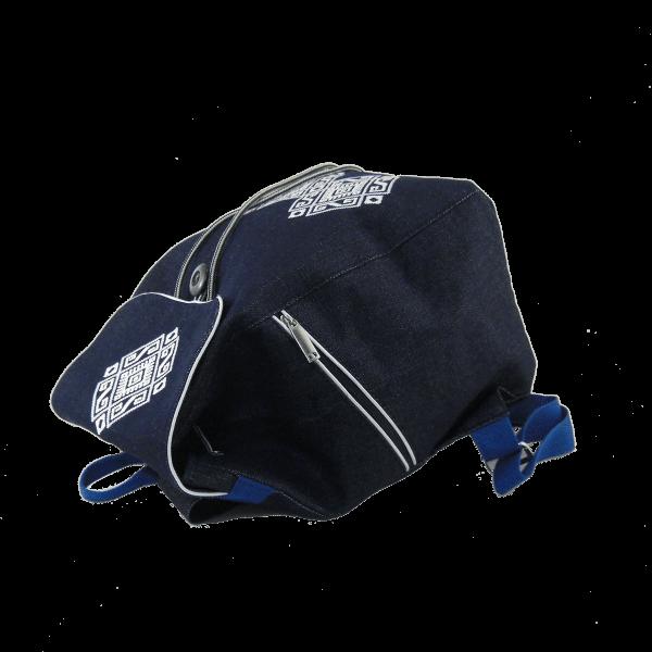 рюкзак с вышивкой сигма