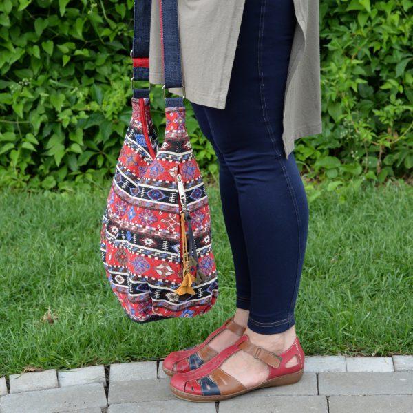 Червона сумка з гобелену та джинсу (з овальним дном)
