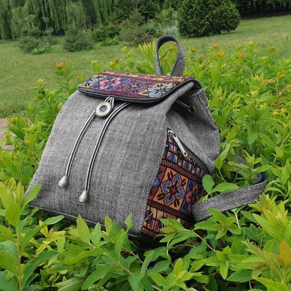 """Рюкзак маленький сірий з гобеленовим декором """"Квітки"""""""