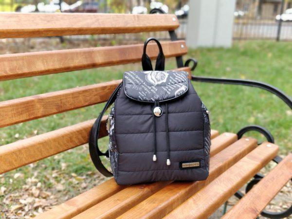 Рюкзак великий чорний та троянди 15002
