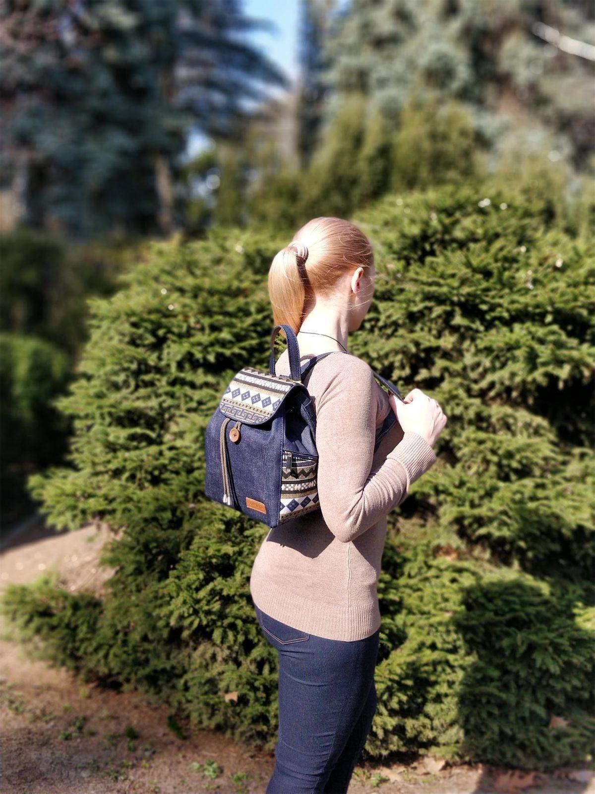 Джинсовий рюкзак середній з гобеленом кольору хакі (15007-6)