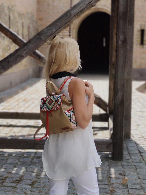 Рюкзак середній з яскравими ромбами (15019)