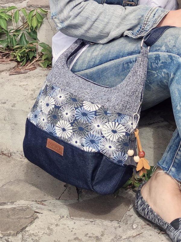 Гобеленова сумка середня сіра з квітами (19016)