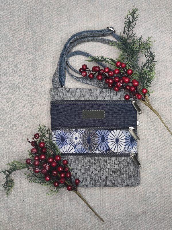 Міні сумка 4 кишені (сіра та ромашки) (23011)