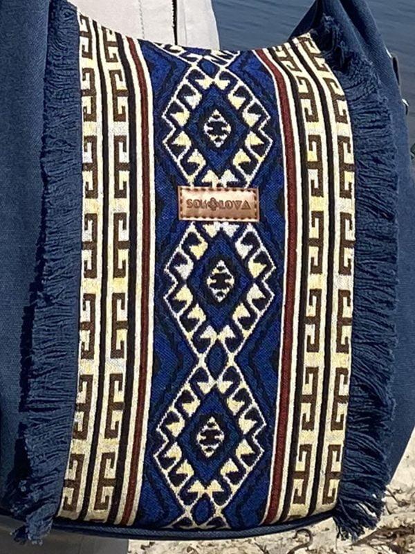 Сумка велика синя з орнаментом та бахромою (19030)