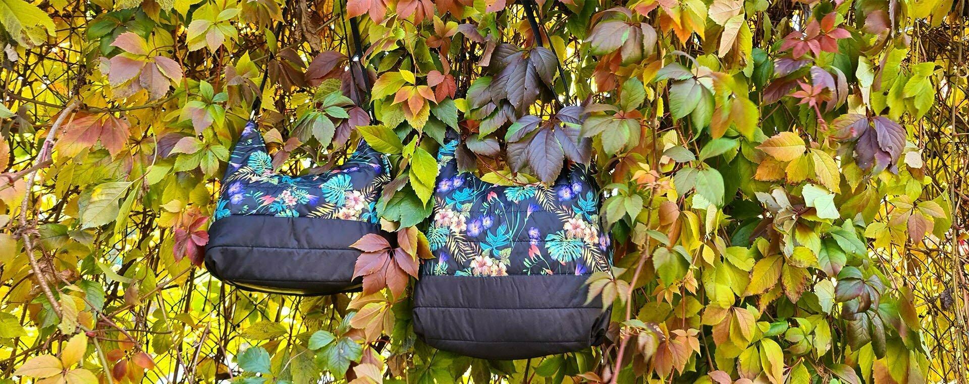 Легка сумка з плащової тканини малюнок сині квіти та папороття (12300)